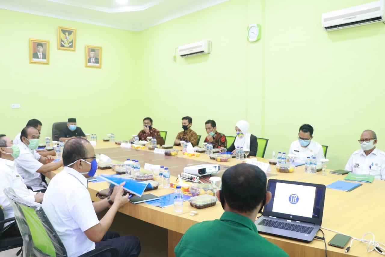 Permalink ke Bupati Safrial Pimpin RUPS Bank Tanggo Rajo
