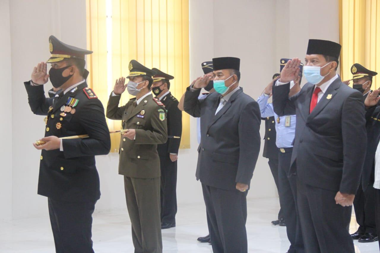 Permalink ke Wabup Amir Sakib Hadiri Peringatan Hari Bhayangkara ke-74 Polres Tanjab Barat