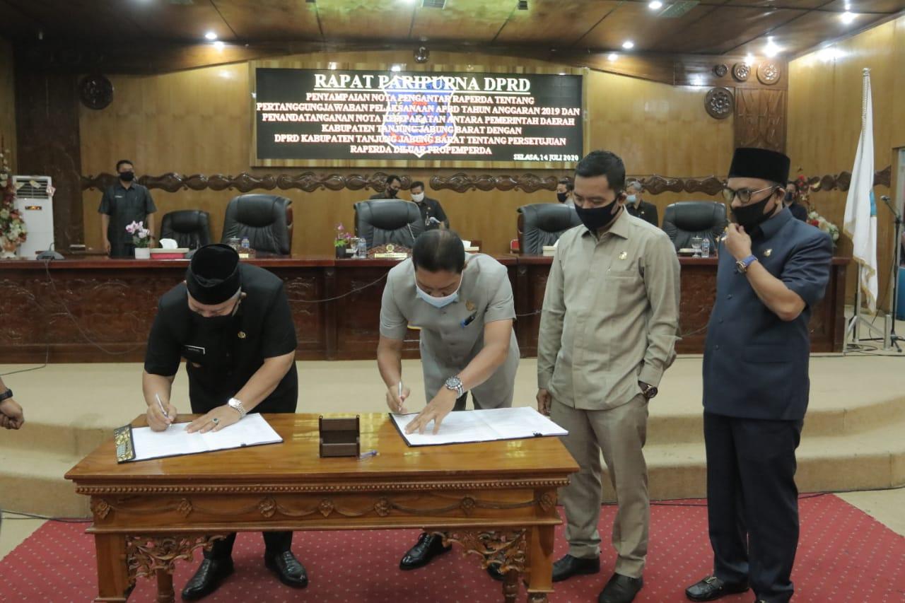Permalink ke DPRD Sampaikan Nota Pengantar Raperda APBD 2019 Dirapat Paripurna