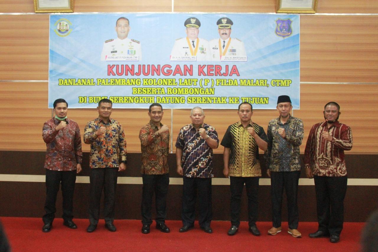 Permalink ke Sambut Kunker Danlanal Palembang, Bupati Safrial Paparkan Program Strategis Kemaritiman