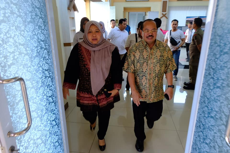 Permalink ke Bupati Masnah Sambut Kedatangan Ketua Ombudsman RI di Bandara Sultan Thaha Jambi