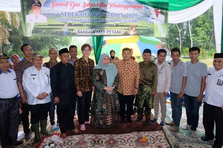 Permalink ke Bupati Masnah Hadiri Sedekah Payo 2020 Desa Simpang Limo