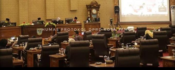 Permalink ke Dewan Kota Jambi Gelar Rapat Paripurna Dalam Rangka Penyampaian Jawaban Eksekutif
