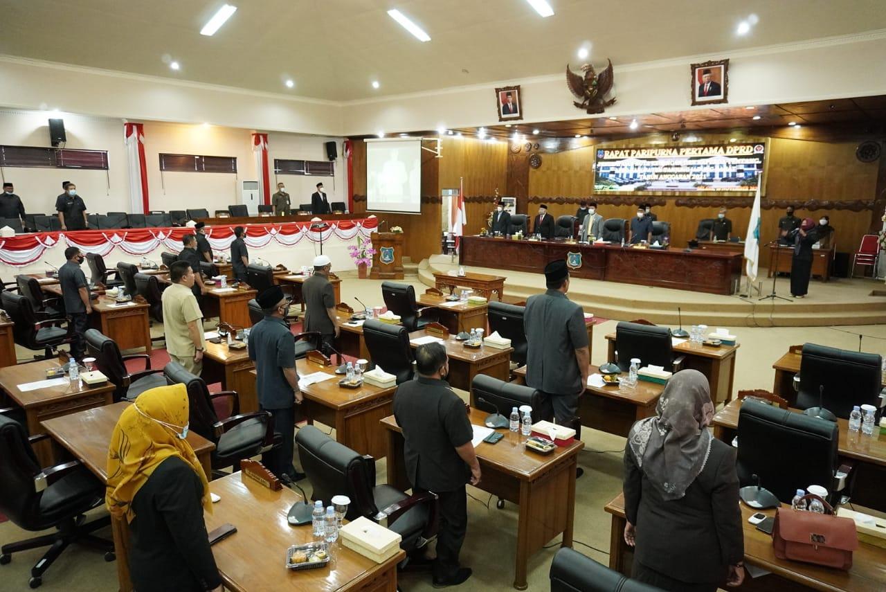 Permalink ke DPRD Tanjabbar Buka Rapat Paripurna Penyampaian Nota Keuangan APBD 2021