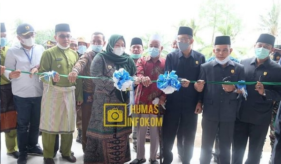 Permalink ke Bupati Muaro Jambi Resmikan Pasar Rakyat Sengeti