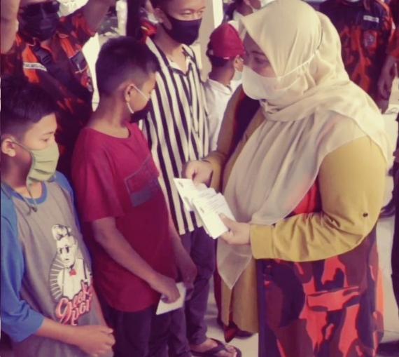 Permalink ke Bupati Masnah bersama PP Muaro Jambi Santuni Anak Yatim dan Kaum Duafa