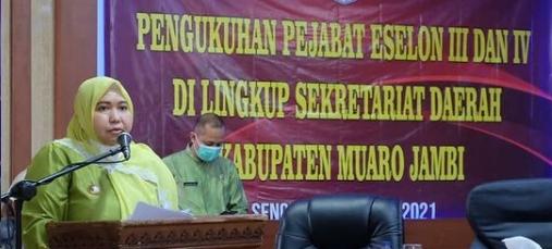 Permalink ke Optimis 44 Pejabat Sekretariat Eselon III & IV Amanah, Bupati Masnah Minta Tunjukkan Prestasi Kerja