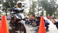 Permalink ke AHM Ajak Ratusan Pelajar Jago Ngeblog Safety Riding