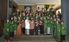 Permalink ke Tingkatkan Kualitas Batik Jambi, Rahima Gandeng Desainer Eddy Betty