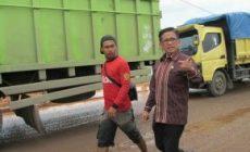 Permalink ke Angkot-Angkutan ONLINE Mulai Bertengkar, H. Bakri Pertegas Pemerintah Segera Sosialisasikan Permenhub