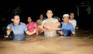 Permalink ke Gubernur Zola Evakuasi Balita Korban Banjir