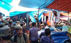 Permalink ke Akhirnya Satpol-PP Bongkar Paksa Lapak Bazar di Pasar Rakyat, Pedagang Mengaku Tertipu Oleh Panitia Bazar