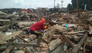 Permalink ke Bangunan Pasar Angso Duo Lama Diroboh, Pemulung Ini Beromsetan Ratusan Ribu