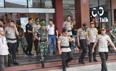 Permalink ke Danrem 042/Gapu Bersama Kapolda Jambi Tinjau Pos Pengamanan Pemilu