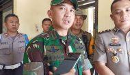 Permalink ke Puluhan Anggota TNI Bantu Amankan MaPolsek Durian Luncuk