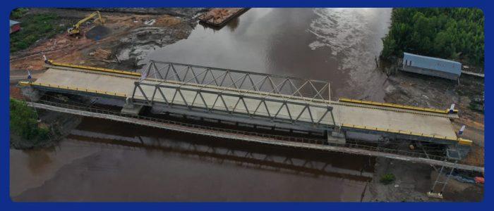 Jembatan Desa Air Hitam Laut Diresmikan Bupati Romi, Seluruh Desa di Kecamatan Sadu Terkoneksi