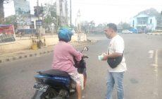 Permalink ke Peduli Kesehatan, Balitbangda Batanghari Bagikan 1.000 Masker ke Pengendara