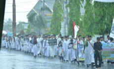 Permalink ke Ribuan Santri di Batanghari Pawai Hari Santri Nasional Ditengah Hujan
