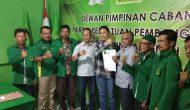 Permalink ke Fikar Azami Kembalikan Formulir Pendaftaran ke DPC PPP Sungai Penuh