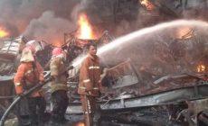 Permalink ke Dalam Rentang Waktu 12 Jam, Api Membakar Gudang Ekspor PT. ABP Berhasil Dijinakan