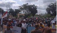 Permalink ke Gedung DPRD Tanjab Barat Didemo Ratusan Warga