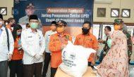 Permalink ke Kurangi Beban Masyarakat, Gubernur Jambi Salurkan Bantuan JPS Covid-19
