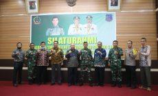 Permalink ke Bupati Tanjab Barat Sambut Kunjungan Kasdam II/Sriwijaya Palembang