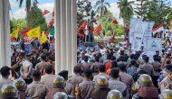 Permalink ke Terkait RUU HIP, Ratusan Massa Lakukan Unjuk Rasa di DPRD Provinsi Jambi