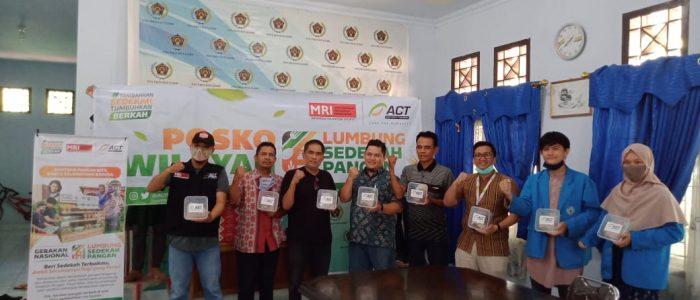 Luncurkan Program Lumbung Sedekah Pangan, ACT Jambi Bagikan 200 Nasi Bungkus