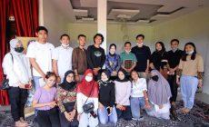 Permalink ke Perhatian Akan Pelestarian Budaya, Berryl Dara Fikar Kunjungi Sekolah Incung