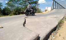 Permalink ke Oprit Jembatan Kolonel Ahmad Sugeng Kecamatan Bram Itam Patah
