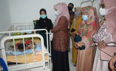 Permalink ke Ketua PKK Tanjabbar Kunjungi Balita Penderita Gizi Buruk