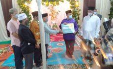 Permalink ke Warga RT 41 Kenali Asam Bawah Peringati Isra Mi'raj bersama Wawako Maulana, Mushola Nurul Iman dapat Bantuan Uang Tunai