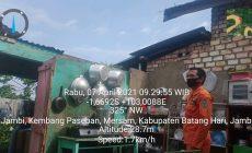 Permalink ke Puluhan Rumah di Kecamatan Mersam Diterjang Angin Puting Beliung