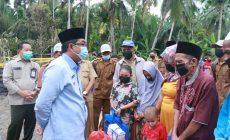 Permalink ke Bupati Tanjab Barat Drs. H. Anwar Sadat Serahkan Bantuan Untuk Korban Kebakaran di Parit Cegat Sialang