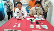 Permalink ke Dua Pemasok Sabu Lintas Provinsi Dihadiahi Timah Panas oleh Personel BNNK Batanghari
