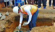Permalink ke Bupati MFA Letakkan Batu Pertama Pembangunan Rumah Relokasi Orang Kayo Hitam