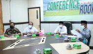 Permalink ke Bupati Tanjabbar Ikuti Conference Zoom Bahas Progres Dukungan Percepatan Pembangunan Infrastruktur