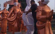 "Permalink ke Bentuk Protes, Patung Selamat Datang di Kawasan Simpang Bandara Jambi ""Dipocongi"""