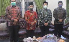 Permalink ke Pjs.Gubernur Jambi Silaturahmi ke Rumah Ketua MUI Provinsi Jambi